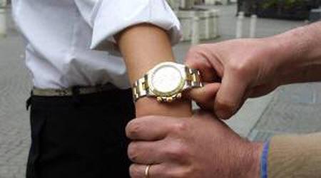 Furto orologio siracusa