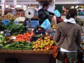 11653_650_320_dy_Cagliari_verso_il_Natale_prezzo_del_cibo_in_aumento_Giu_sanita_e_abbigliamento