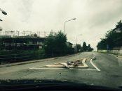 segnale stradale distrutto