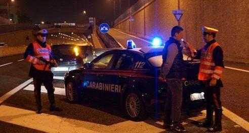 carabinieri-etilometro foto di repertorio