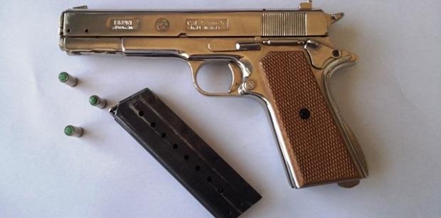 arma pistola siracusa times