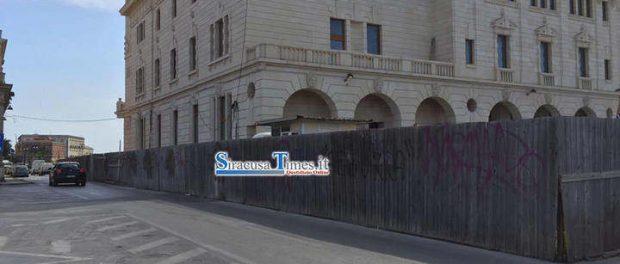 recinzione cantiere poste ortigia - siracusatimes (2)