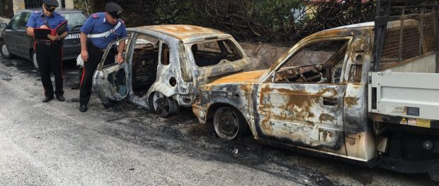 auto incendiate  a priolo