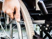 sedia-a-rotelle-disabili-barriere-architettoniche-siracusa-times