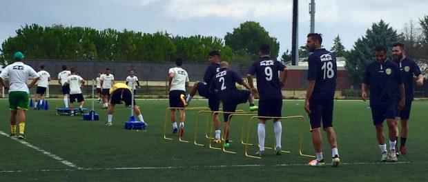 i-giocatori-gialloverdi-durante-lultimo-allenamento-allo-scrofani-salustro