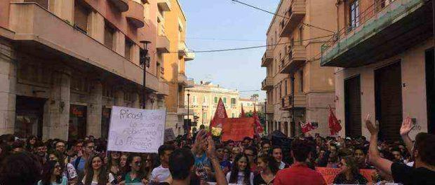 fermi-studenti-protesta-siracusatimes
