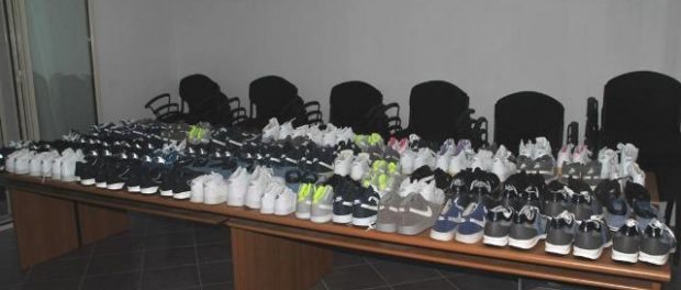 avola-scarpe-sequestrate-beneficenza-siracusatimes