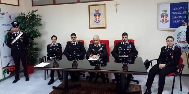 conferenza-stampa-carabinieri-fine-2016-siracusa-times