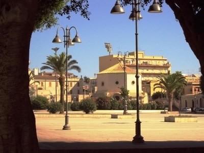 _piazza_santa_lucia_siracusa_times