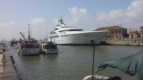 yacht-putin-600x338