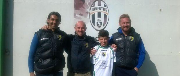 da sinistra mister Elio Moncada, il presidente Christian Romano, Raffaele Di Luciano e il vice presidente Giancarlo Romano