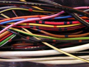 cavi elettrici scoperti siracusa times