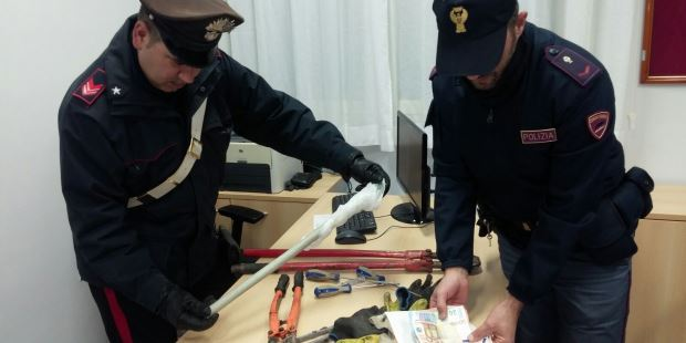 bastone-rapina-avola-carabinieri-polizia-questura-siracusa-times