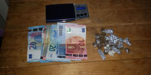 droga-hashish-sequestro-contanti-euro-bilancino-polizia-siracusa-times